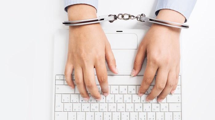 France Punishes Pro-Life Websites for False Advertising