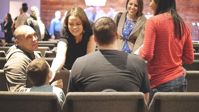 La iglesia no es una familia de padres o madres solteras