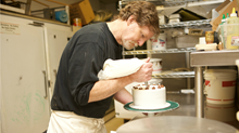 Icing on the Cake: Justice Dept. Backs Christian Baker Bound for Supreme Court