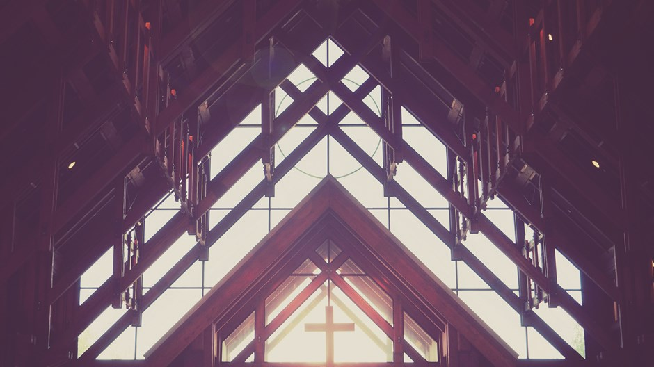 Online Tribalism Threatens Women's Ministry