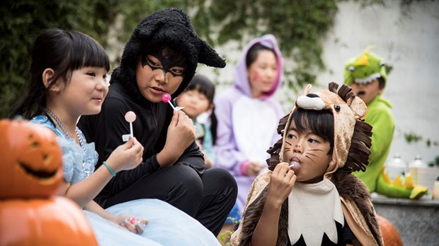 5 Creative Alternatives to Trunk-or-Treat