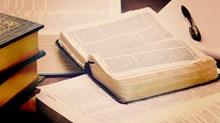 How Evangelical Biblical Scholars Treat Scripture