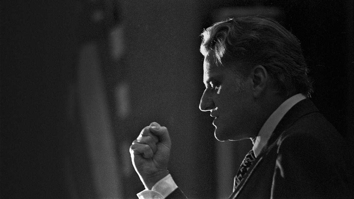 7ffd5735c8a1 Evangelist Billy Graham Has Died