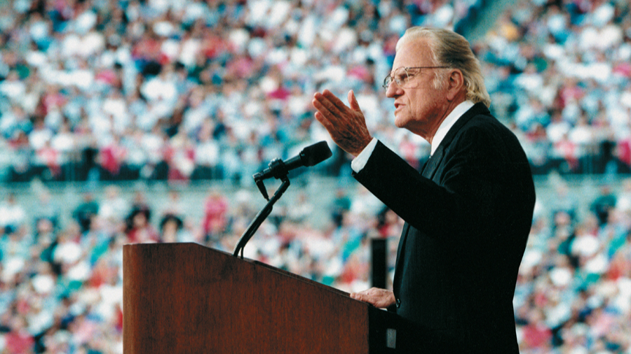 Billy Graham's Death Leads 10,000 to Pray for Salvation