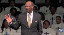 On Easter, Megachurch Backs Pastor Indicted for $3.5 Million Fraud