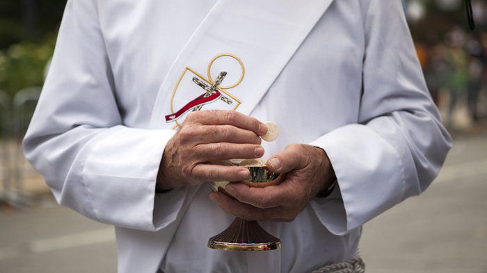 Give Protestants a Taste of Catholic Communion, German Bishops Tell Vatican