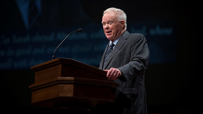 Paige Patterson Apologizes 'Especially to Women'