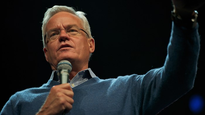Here's Who Willow Creek Chose to Investigate Bill Hybels