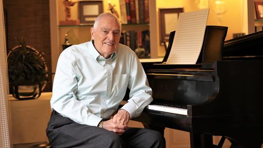 Kurt Kaiser Passes Away, But His Music Will Pass It On