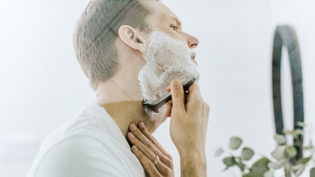 Gillette Ad Calls Men to Be Their Best