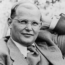 Becoming Like Bonhoeffer