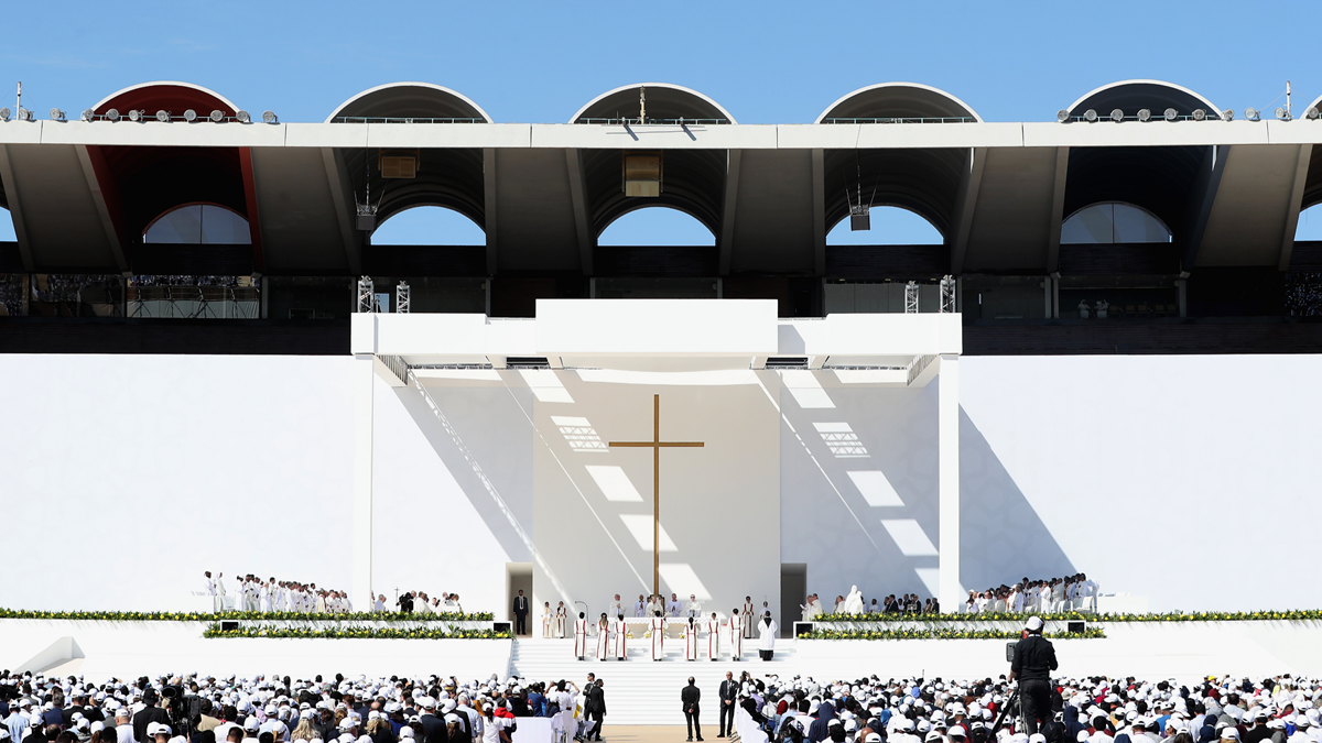 Francis of Arabia: Will UAE's Warm Welcome Help Christians Feel More at Home?