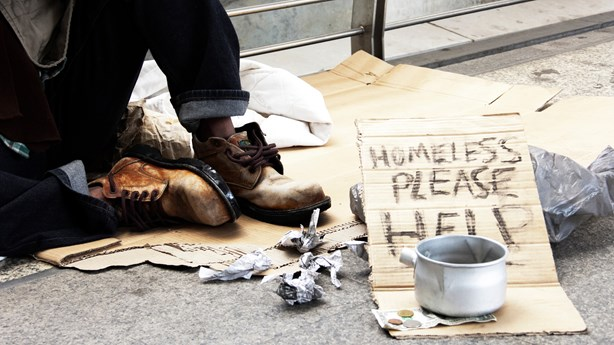 Father Spends a Week on the Streets with Homeless Son