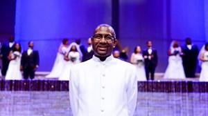 Dallas Megachurch Puts On Mass Wedding for Dozens of Cohabitating Couples