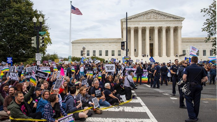 Supreme Court Extends LGBT Anti-Discrimination Protections